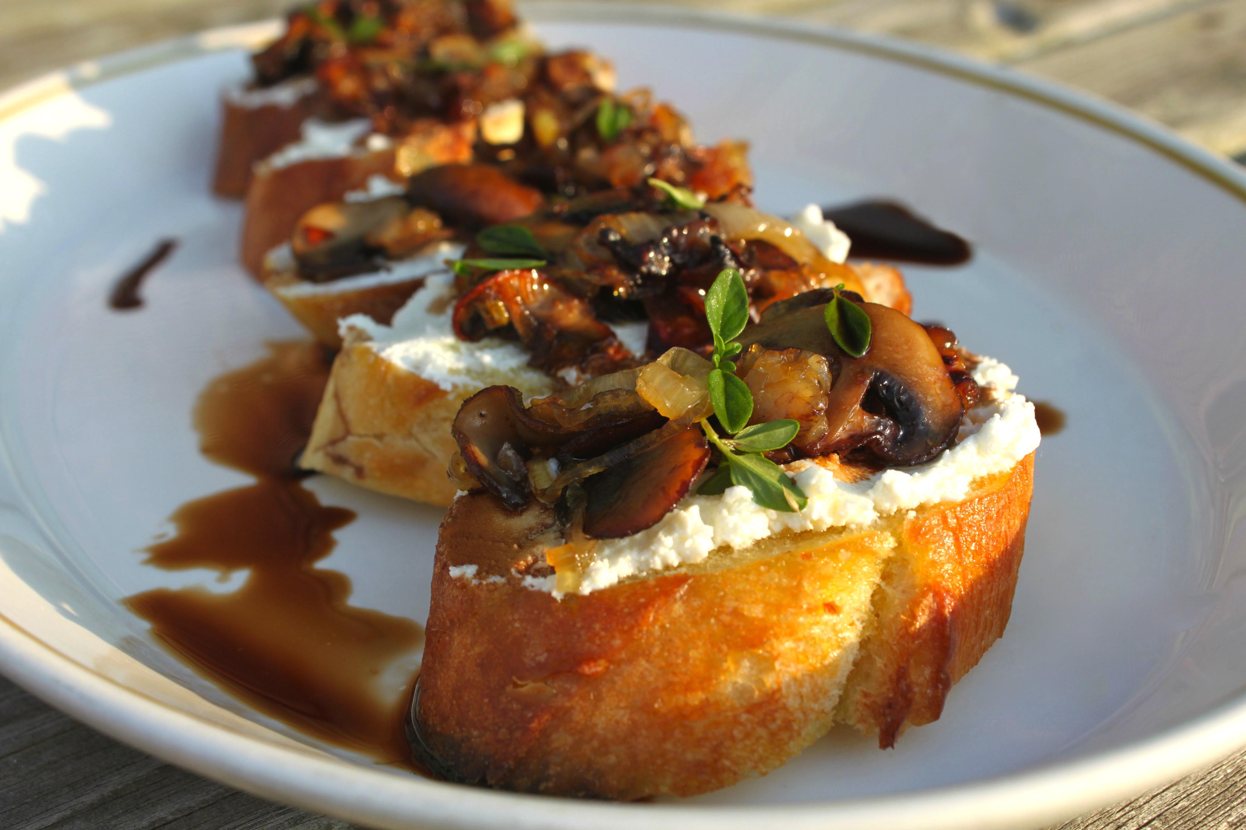 Caramelized Mushroom & Shallot Bruschetta |